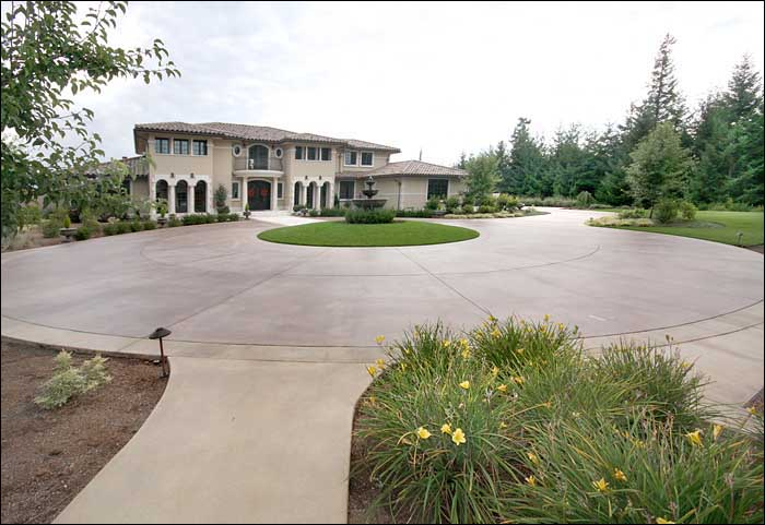 Stained Concrete Path Contractor Tacoma WA